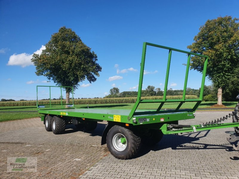 Ballensammelwagen des Typs PRONAR TO 26 M, Neumaschine in Rhede / Brual (Bild 1)