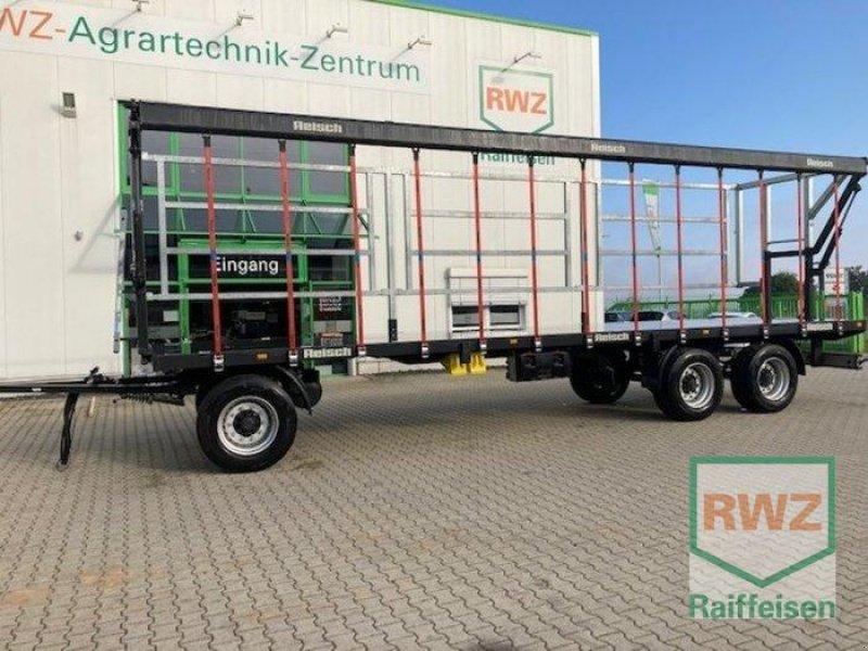 Ballensammelwagen des Typs Reisch RBW 240, Vorführmaschine in Alsfeld (Bild 1)