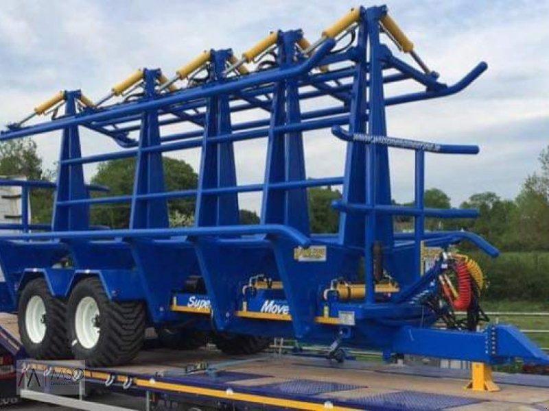 Ballensammelwagen des Typs Wilson Super Move Square Move, Neumaschine in Südbrookmerland (Bild 2)