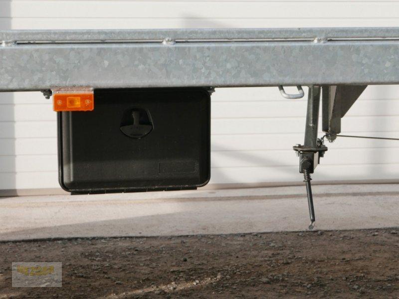 Ballentransportwagen des Typs CYNKOMET Ballenwagen 14 t (T608/2 EU) 9,27 m, Neumaschine in Ditzingen (Bild 12)