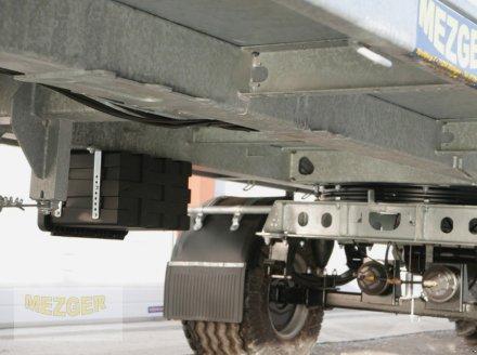 Ballentransportwagen des Typs CYNKOMET Ballenwagen 14 t (T608/2 EU) 9,27 m, Neumaschine in Ditzingen (Bild 16)