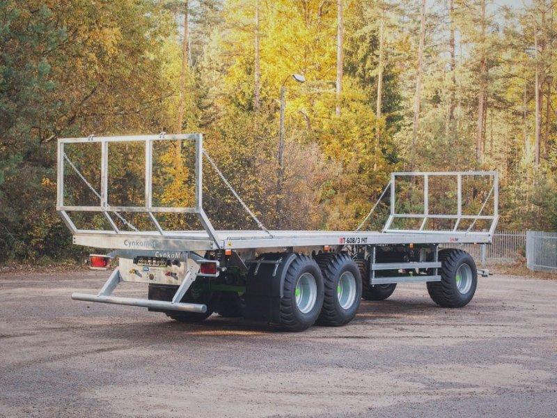 Ballentransportwagen des Typs CYNKOMET Ballenwagen T 608-3 14 T, Neumaschine in Siekierczyn (Bild 1)