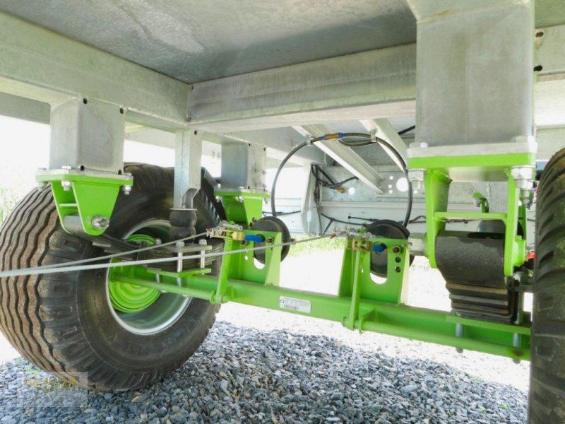 Ballentransportwagen типа CYNKOMET T-608/2 13t Ballenwagen, Neumaschine в Ditzingen (Фотография 9)