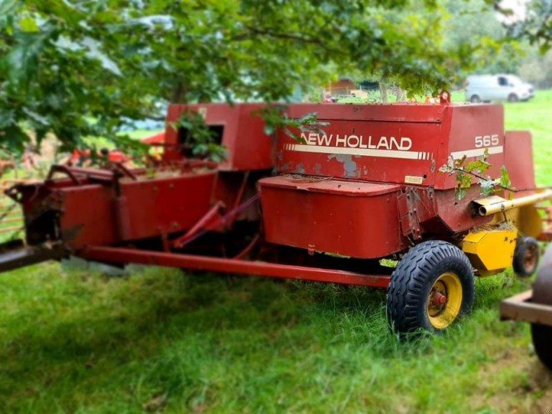 Ballentransportwagen типа New Holland 565, Gebrauchtmaschine в Barnack (Фотография 1)