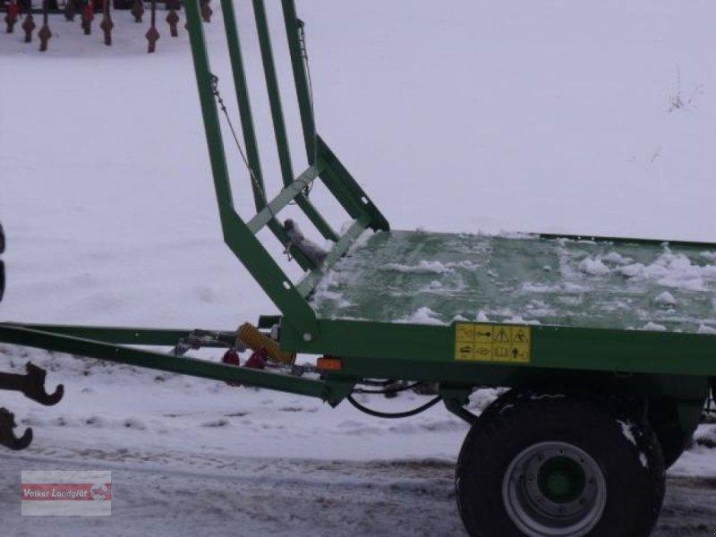 Ballentransportwagen des Typs PRONAR T 026, Neumaschine in Ostheim/Rhön (Bild 4)
