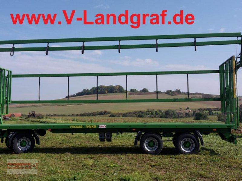 Ballentransportwagen des Typs PRONAR T 028 KM, Neumaschine in Ostheim/Rhön (Bild 1)