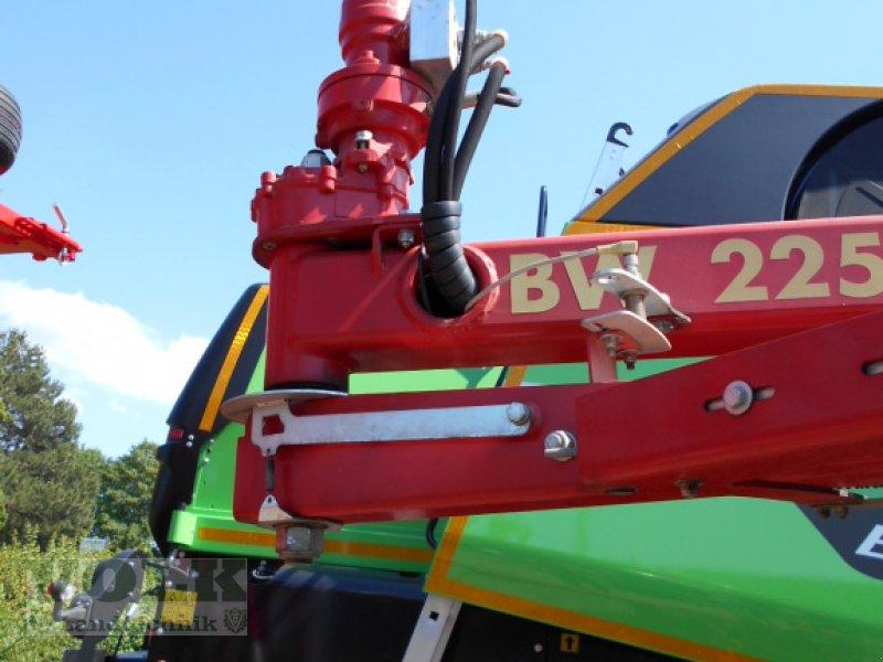 Ballenwickler des Typs Vicon BW 2250 C, Gebrauchtmaschine in Friedberg-Derching (Bild 6)