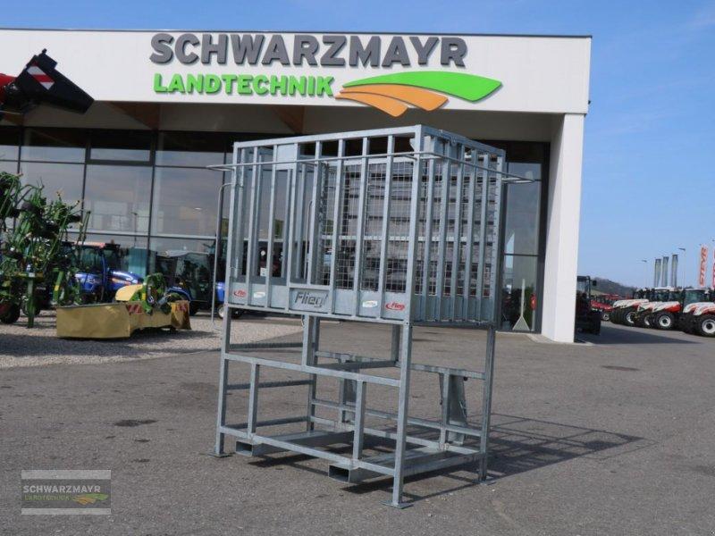 Ballenzange des Typs Fliegl Arbeitsbühne hoch Eu, Neumaschine in Gampern (Bild 1)