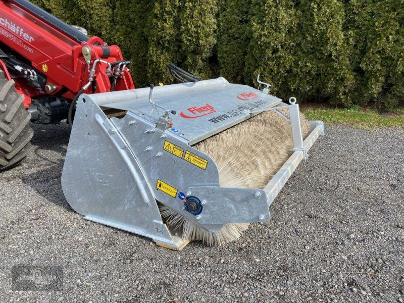 Ballenzange typu Fliegl Kehrschaufel - hydraulische Kehrmaschine, Gebrauchtmaschine v Rankweil (Obrázok 5)