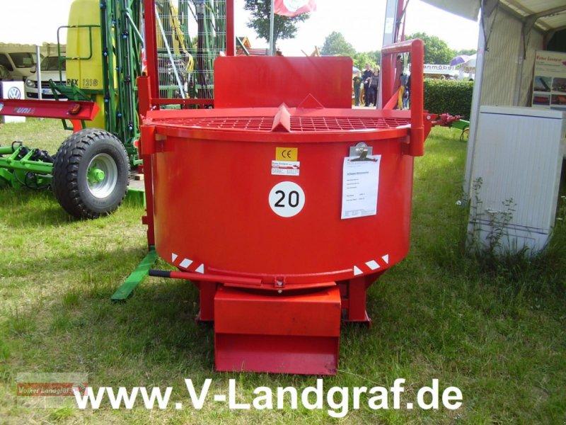 Betonmischer des Typs POM Schlepperbetonmischer, Neumaschine in Ostheim/Rhön (Bild 1)