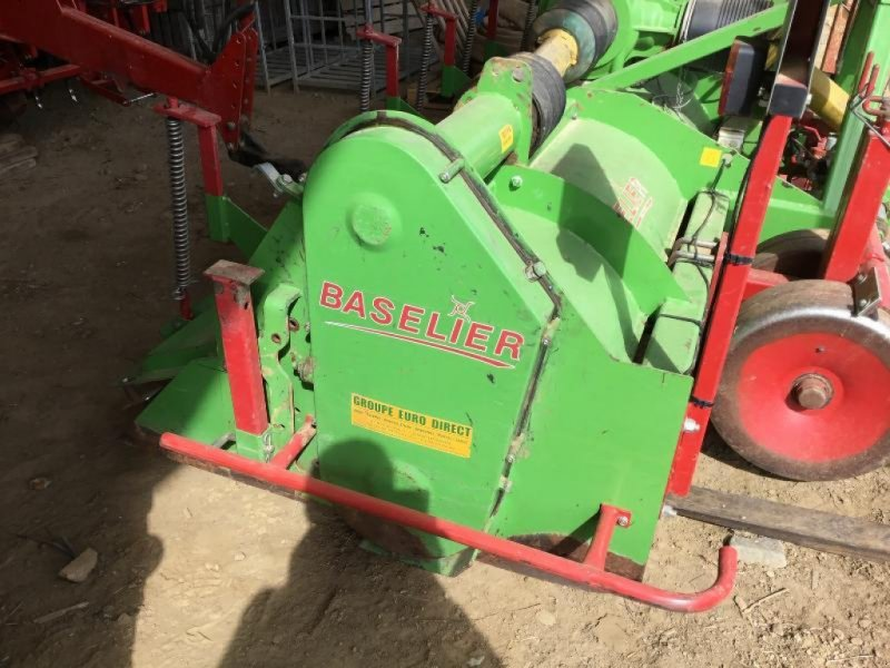 Bodenfräse des Typs Baselier FKV 380, Gebrauchtmaschine in ROYE (Bild 1)