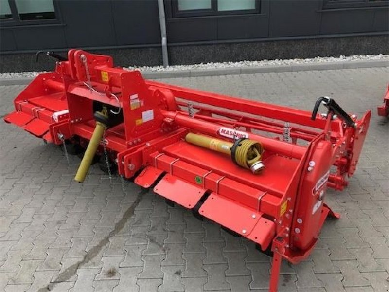 Bodenfräse типа Maschio C300 met buizenrol, Gebrauchtmaschine в Coevorden (Фотография 1)