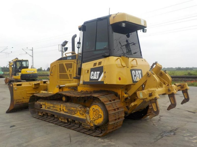 Bulldozer des Typs Caterpillar D6K XL, Gebrauchtmaschine in Dormagen (Bild 4)