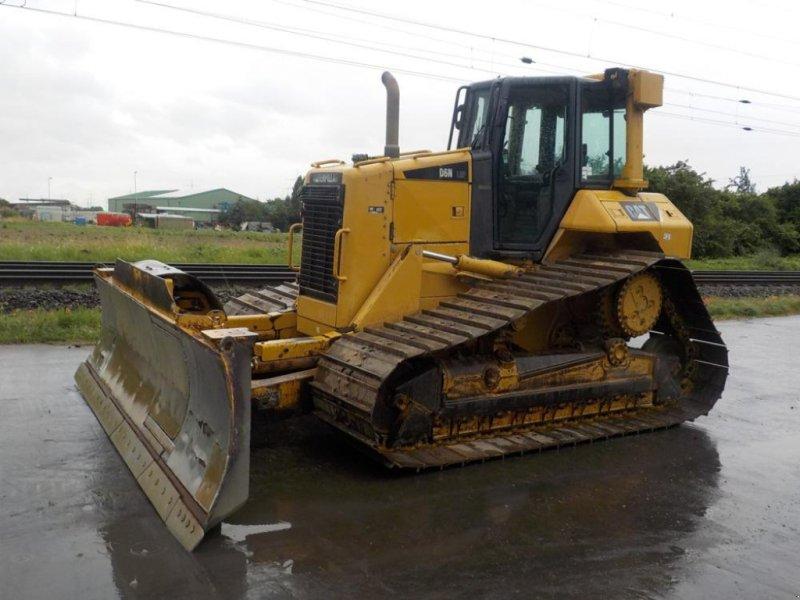 Bulldozer des Typs Caterpillar D6N, Gebrauchtmaschine in Dormagen (Bild 1)