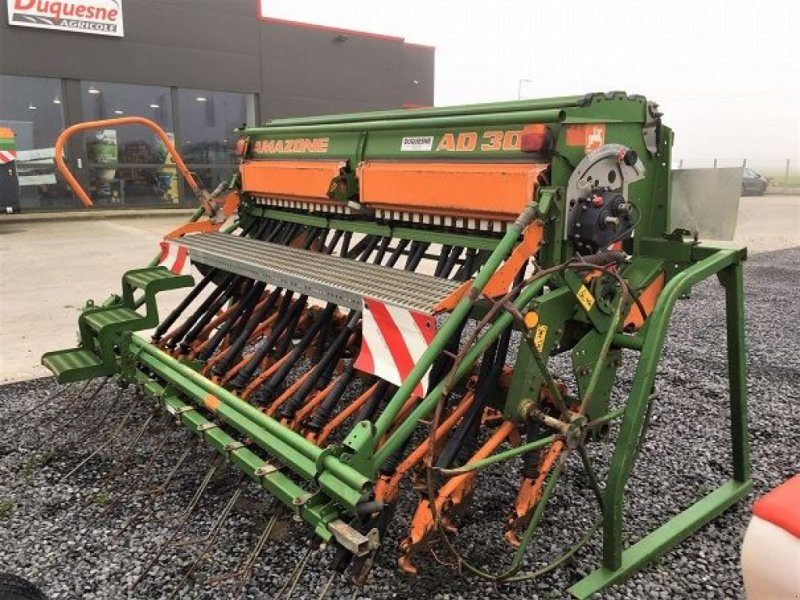 Direktsaatmaschine des Typs Amazone AD 303 SPEC, Gebrauchtmaschine in HOUPLINES (Bild 1)