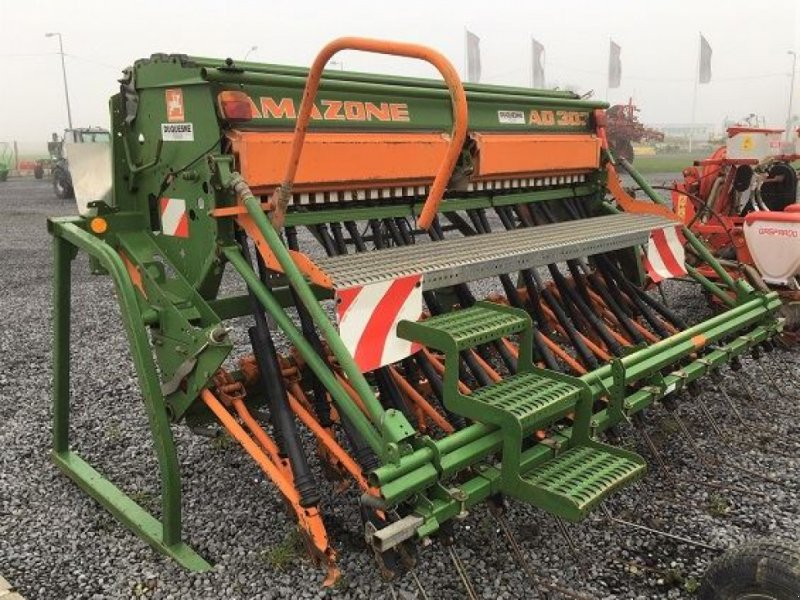 Direktsaatmaschine des Typs Amazone AD 303 SPEC, Gebrauchtmaschine in HOUPLINES (Bild 4)