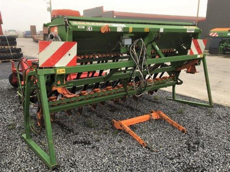 Direktsaatmaschine des Typs Amazone AD 303 SPEC, Gebrauchtmaschine in HOUPLINES (Bild 2)