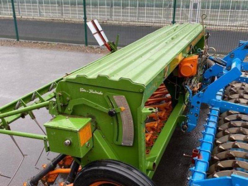 Direktsaatmaschine des Typs Amazone D8-30 SPECIAL, Gebrauchtmaschine in Alpen (Bild 1)