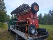 Junkkari Simulta 2500 NL Maquina de siembra directa
