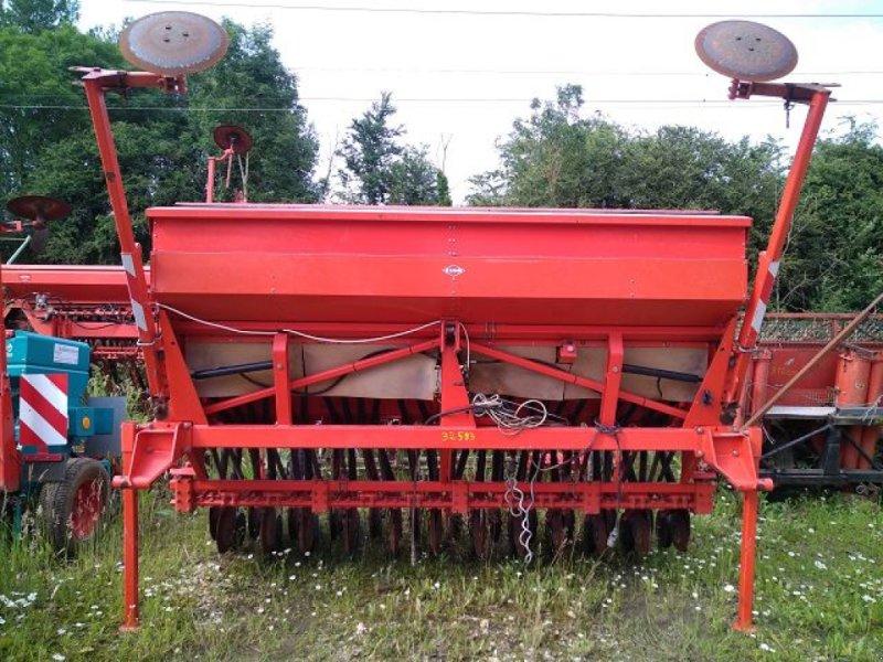 Direktsaatmaschine типа Kuhn INTEGRA 3 M, Gebrauchtmaschine в BOSC LE HARD (Фотография 1)