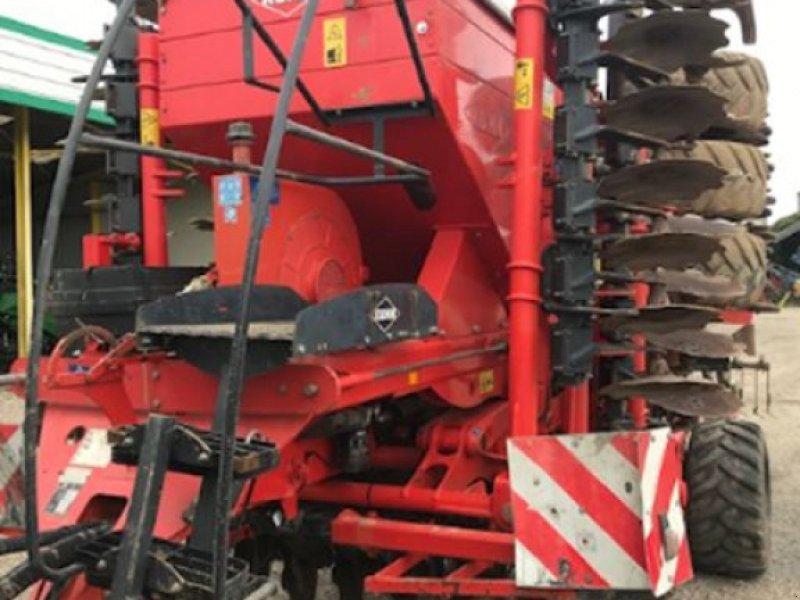 Direktsaatmaschine des Typs Kuhn SPEEDLINER 6000, Gebrauchtmaschine in BOSC LE HARD (Bild 1)