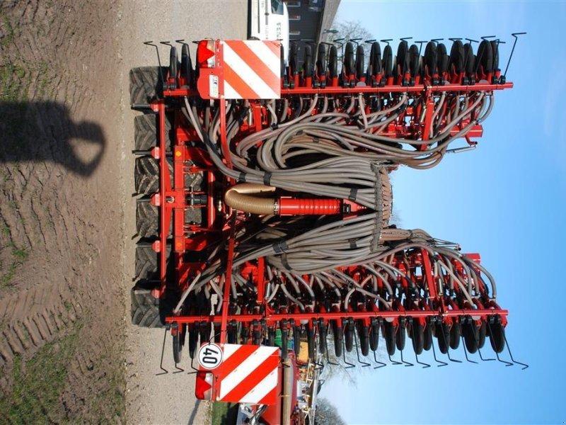 Direktsaatmaschine des Typs Kverneland U-DRILL 6000 PLUS BUGSERET med sække kran, Gebrauchtmaschine in Grindsted (Bild 8)