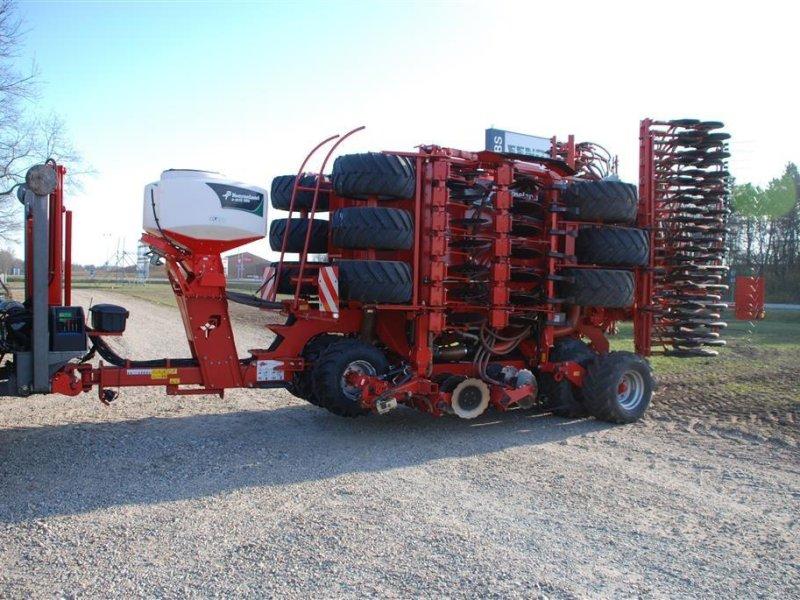 Direktsaatmaschine des Typs Kverneland U-DRILL 6000 PLUS BUGSERET med sække kran, Gebrauchtmaschine in Grindsted (Bild 1)