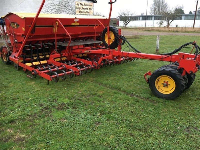Direktsaatmaschine typu Väderstad Rapid 400 C Super XL Med Fiona Grassbag, Gebrauchtmaschine w Roskilde (Zdjęcie 1)