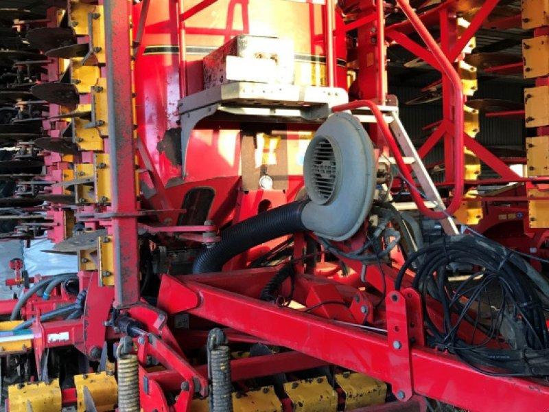Direktsaatmaschine des Typs Väderstad Rapid A 600, Gebrauchtmaschine in Grantham (Bild 2)