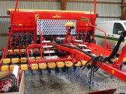 Väderstad RAPID RD 400C Direct sowing machine