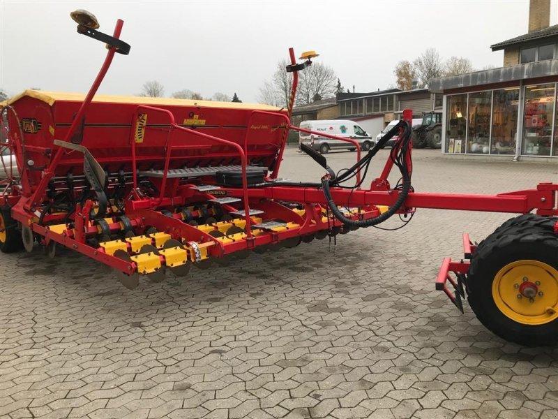 Direktsaatmaschine des Typs Väderstad Rapid RD400C, Gebrauchtmaschine in Ringe (Bild 4)