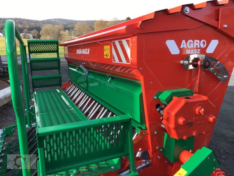 Drillmaschine des Typs Agro-Masz SN 300 Aufgebaut, Neumaschine in Tiefenbach (Bild 2)