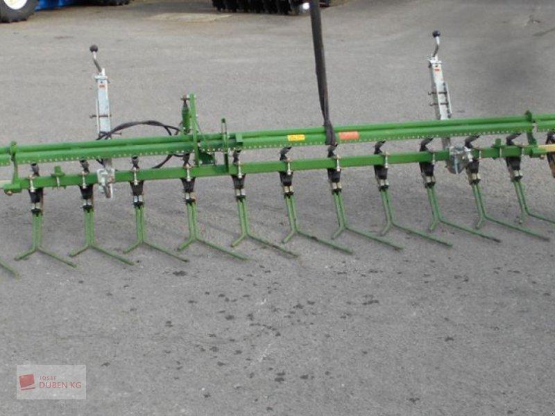 Drillmaschine типа Amazone Exakt-Striegel Cirrus, Gebrauchtmaschine в Ziersdorf (Фотография 1)