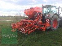 Kuhn HR 3003 & Venta LC 302 Drillmaschine