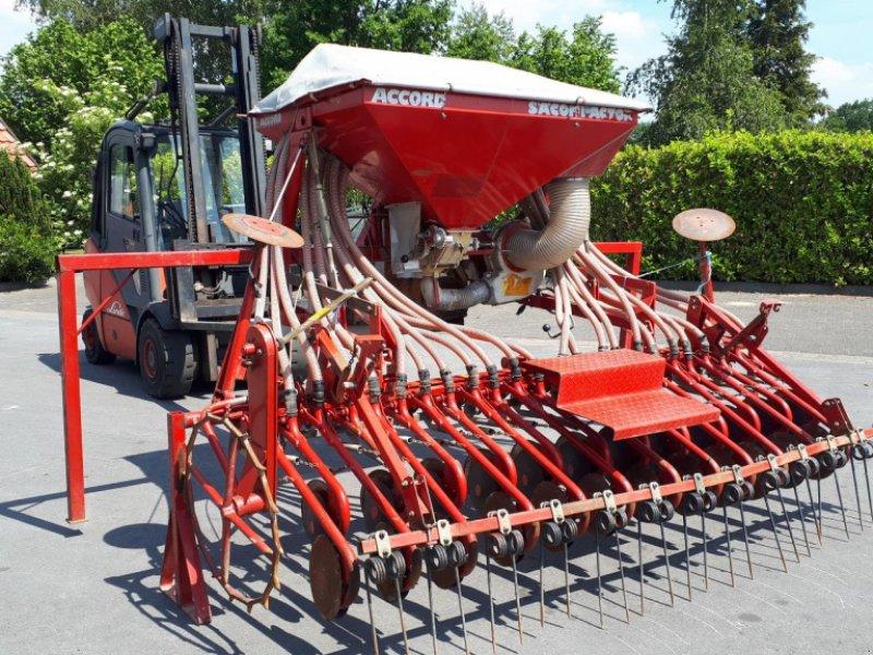 Drillmaschinenkombination typu Accord DA mit Scheibenscharen Drille, Gebrauchtmaschine w Rheda-Wiedenbrück (Zdjęcie 1)