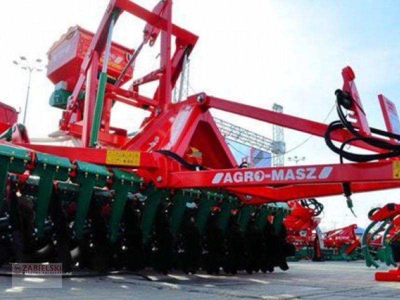 Drillmaschinenkombination typu Agro-Masz AGREGAT TALERZOWY PÓŁZAWIESZANY 3m / CULTIVADOR DE DISCOS SEMISUSPENDIDO 3 m, Neumaschine w Jedwabne (Zdjęcie 1)