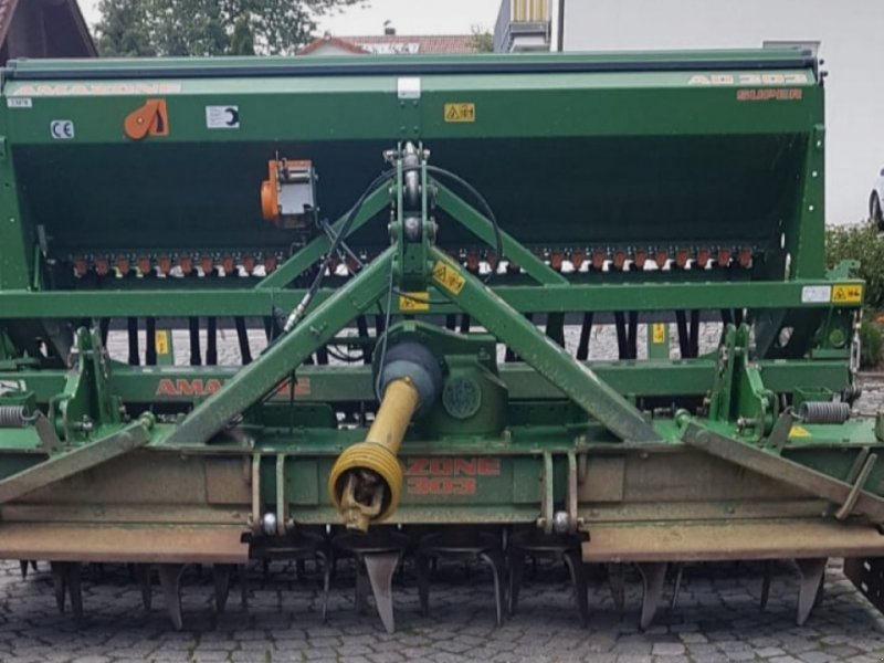 Drillmaschinenkombination des Typs Amazone KG 303 + AD 303, Gebrauchtmaschine in Geislingen (Bild 1)