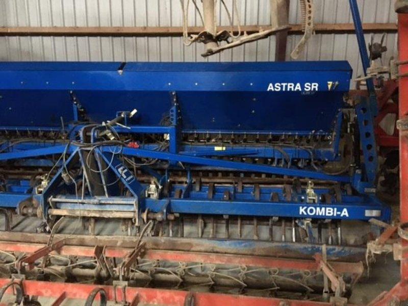 Drillmaschinenkombination типа Fiona 4m med rørpakkervalse, Gebrauchtmaschine в Horsens (Фотография 1)