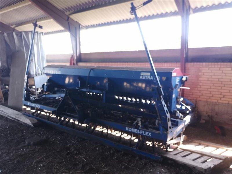 Drillmaschinenkombination typu Fiona ASTRA SR KOMBI-FLEX 4 meter, Gebrauchtmaschine w Egtved (Zdjęcie 1)