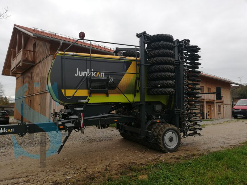 Drillmaschinenkombination des Typs Junkkari W 700, Neumaschine in Dietramszell (Bild 18)