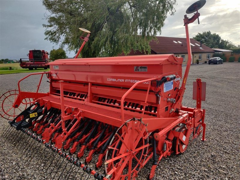 Drillmaschinenkombination des Typs Kuhn Combiliner Integra 4003 med Kuhn CD400 2R harve, Gebrauchtmaschine in Storvorde (Bild 5)