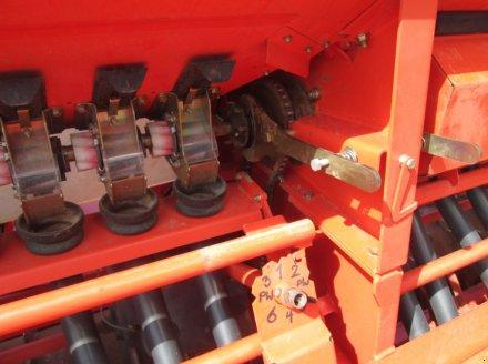 Drillmaschinenkombination des Typs Kuhn HR 303 D + Integra 3003, Gebrauchtmaschine in Wülfershausen an der Saale (Bild 15)