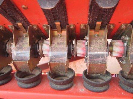 Drillmaschinenkombination des Typs Kuhn HR 303 D + Integra 3003, Gebrauchtmaschine in Wülfershausen an der Saale (Bild 20)