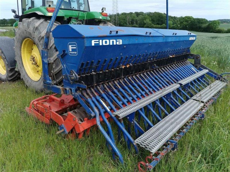 Drillmaschinenkombination des Typs Kuhn HR 4002 med Fiona Astra SR såmaskine, Gebrauchtmaschine in Egtved (Bild 1)