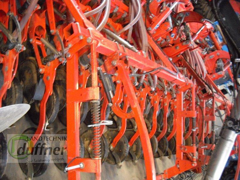 Drillmaschinenkombination des Typs Kuhn HR 4504 / NCR 4500 / GTS 455, Gebrauchtmaschine in Hohentengen (Bild 12)