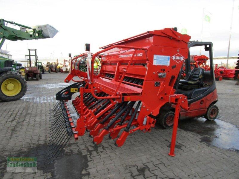 Drillmaschinenkombination des Typs Kuhn Integra 3003 24SL, Neumaschine in Büren (Bild 1)