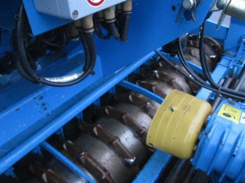 Drillmaschinenkombination des Typs Lemken Saphir 7/300 DS B 150 20 R Zirkon 7S 7/300, Gebrauchtmaschine in Wülfershausen an der Saale (Bild 8)
