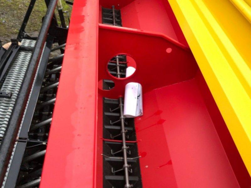 Drillmaschinenkombination des Typs Pöttinger Combiné de semis COMBINEDESEMIS Pöttinger, Gebrauchtmaschine in LA SOUTERRAINE (Bild 8)