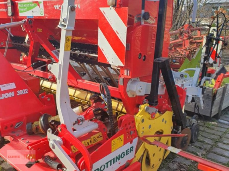 Drillmaschinenkombination des Typs Pöttinger Lion 3002 + Vitasem 3002 A, Gebrauchtmaschine in Langenau (Bild 8)