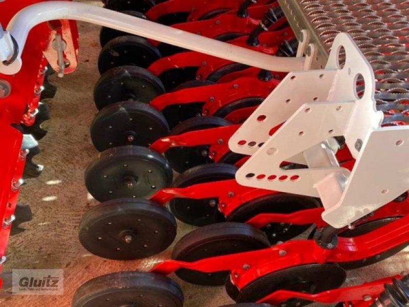 Drillmaschinenkombination des Typs Pöttinger Vitasem 302 ADD, Gebrauchtmaschine in Gammertingen-Kettenacker (Bild 4)